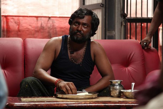 https://constantscribbles.wordpress.com/2014/08/03/movie-review-jigarthanda/